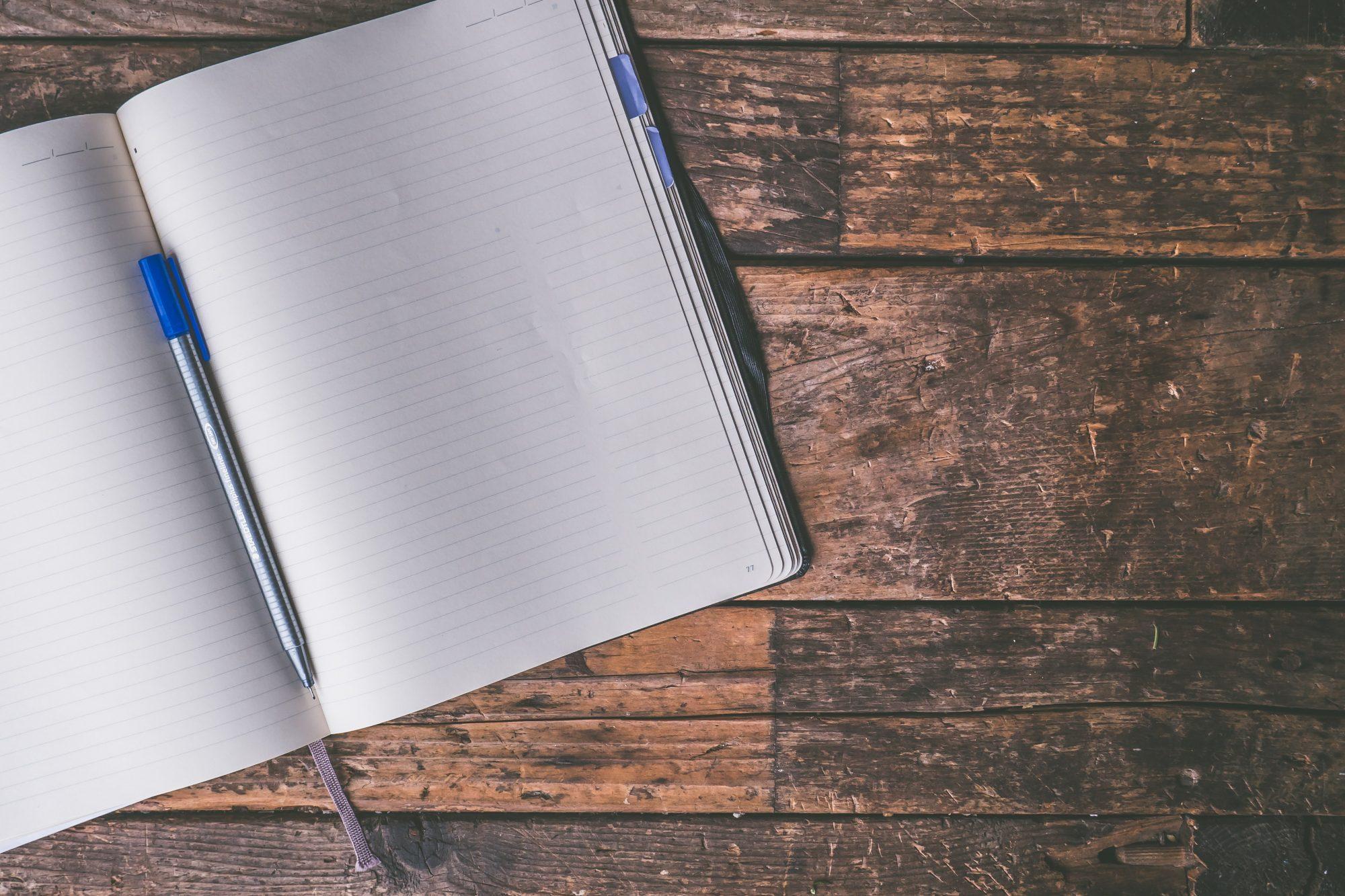foto de un cuaderno en blanco